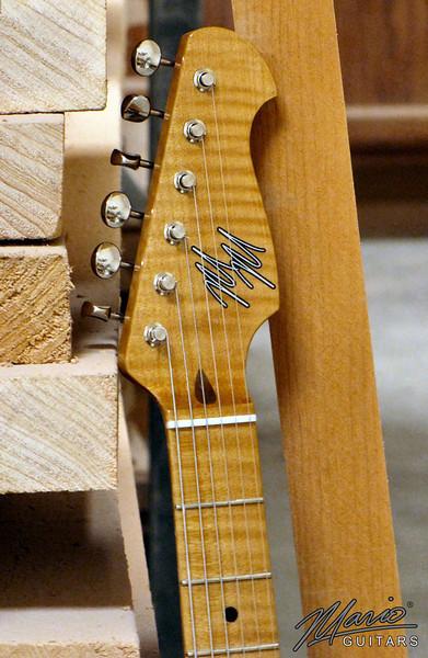 Mario Martin Guitar 2 tone burst Strat 4-L