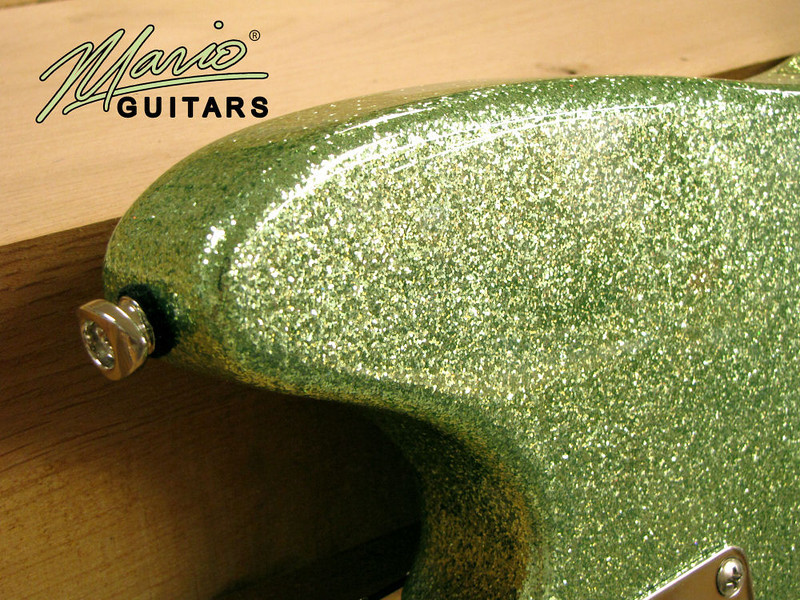 Mario Martin Guitar Coke Bottle Green Serpentine 1.-L