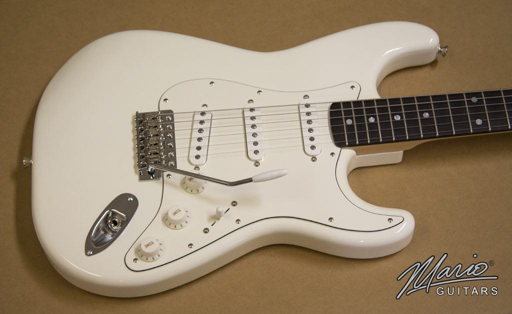 Mario Martin Mario Guitars White Strat